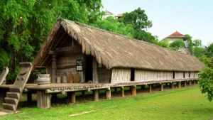 ede-longhouse-ethnology-museum-hanoi-big